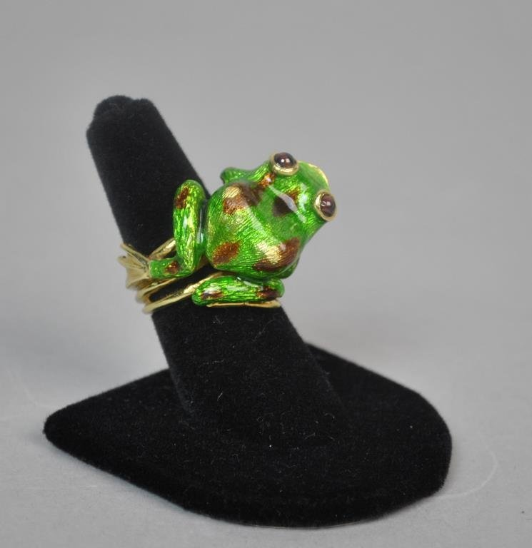 GREEN ENAMEL 18K FROG RING