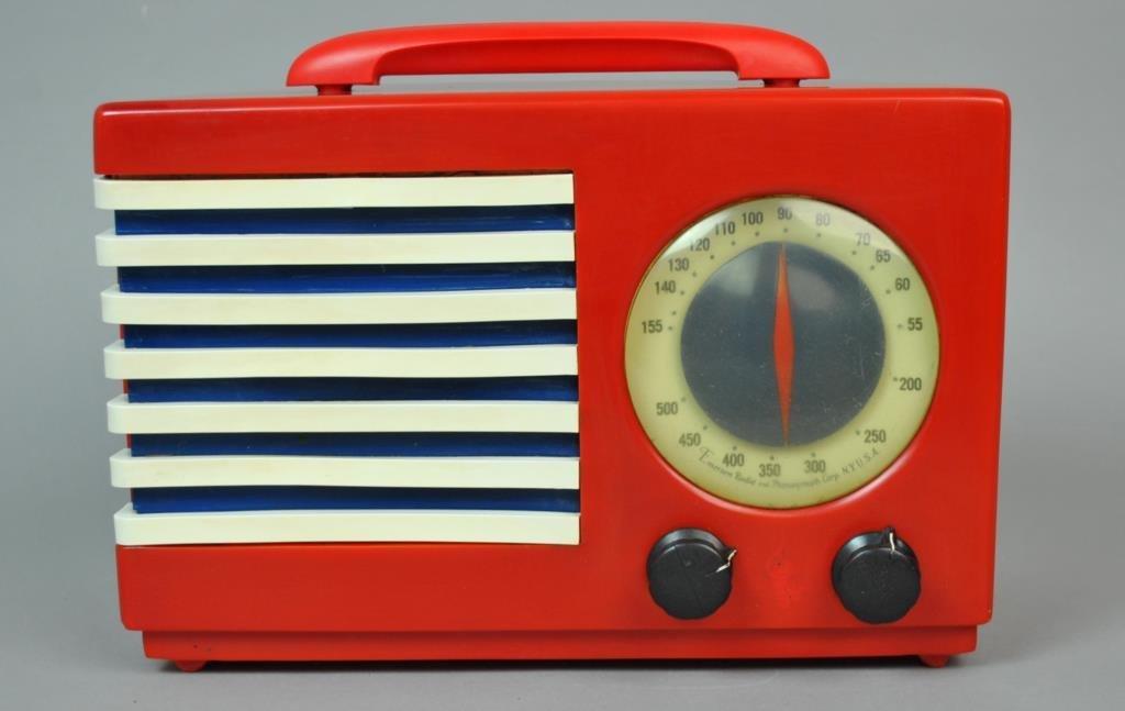 EMERSON PATRIOT RED CATALIN RADIO MOD 400