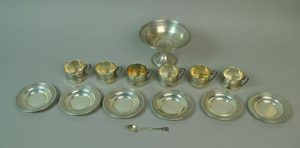 (14) PIECE SILVER TABLEWARES GROUP
