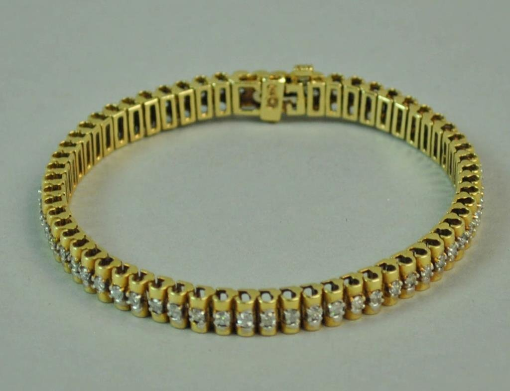 GOLD & DIAMOND LINK BRACELET, 1.86CTW