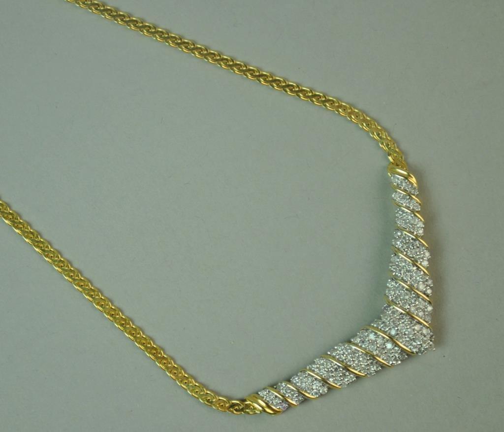 ITALIAN GOLD & DIAMOND CHEVRON NECKLACE, 1.80CTW