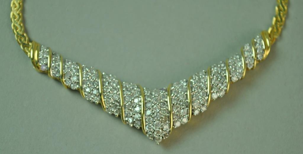 ITALIAN GOLD & DIAMOND CHEVRON NECKLACE, 1.80CTW - 2