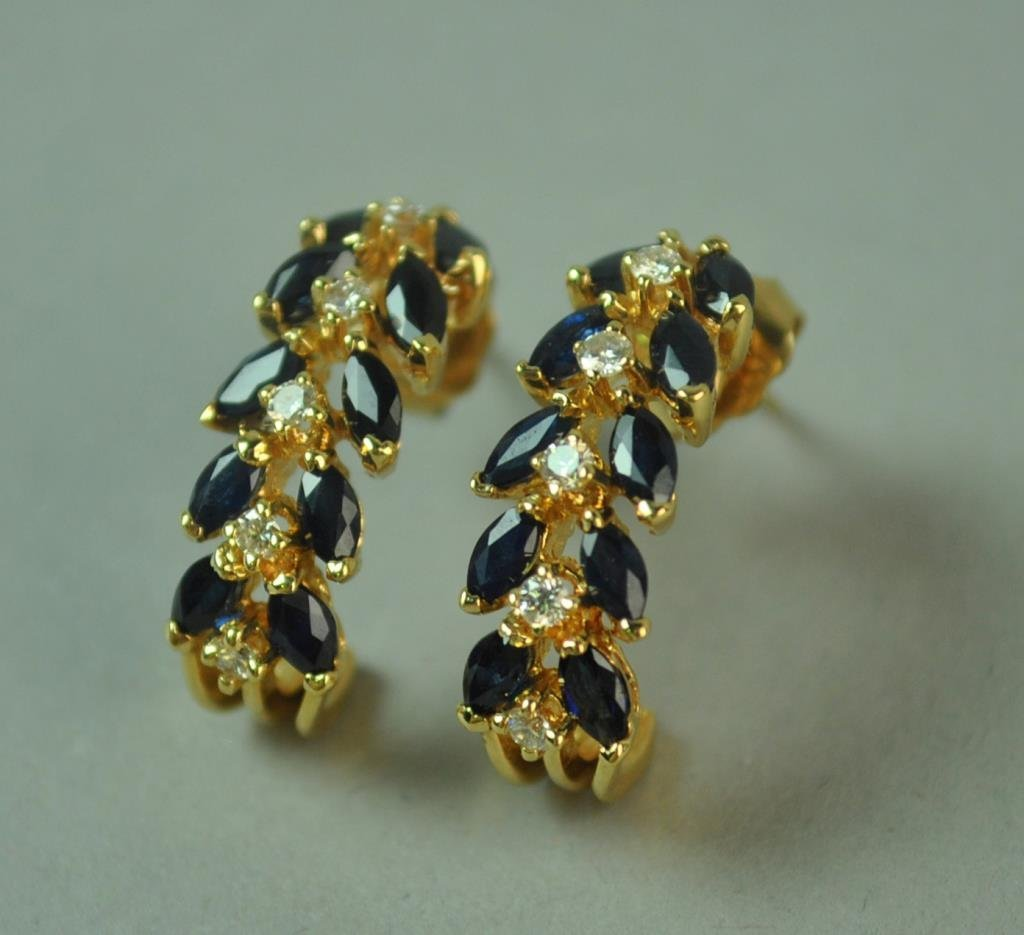 SAPPHIRE & DIAMOND PIERCED EARRINGS, 2.80CTW