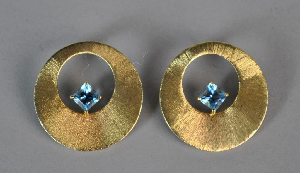 GOLD & AQUAMARINE PIERCED EARRINGS