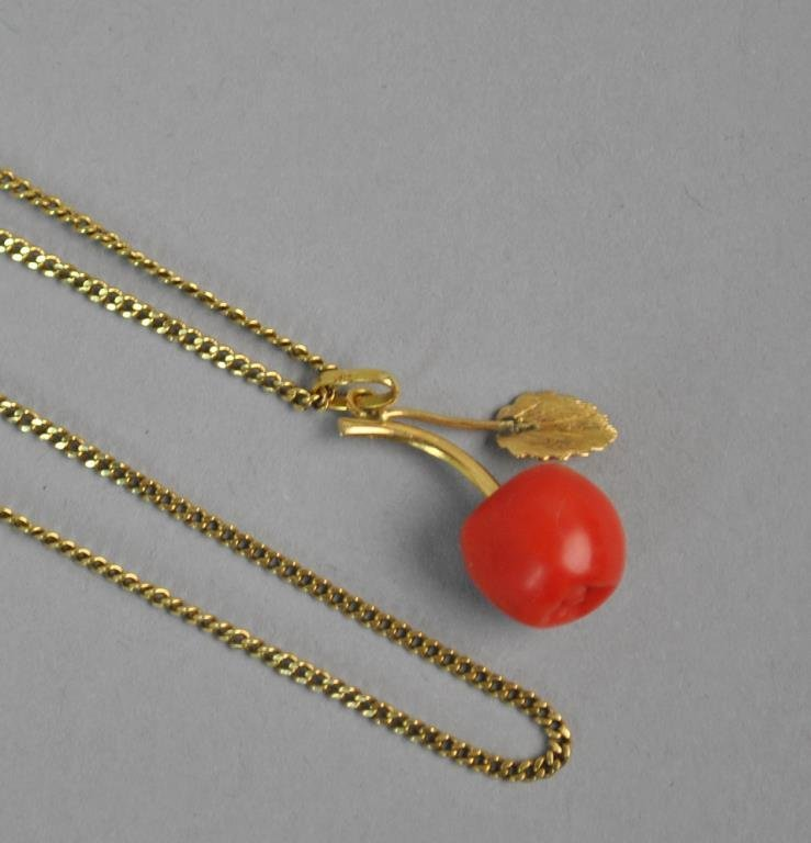18K CORAL APPLE PENDANT WITH 18K CHAIN