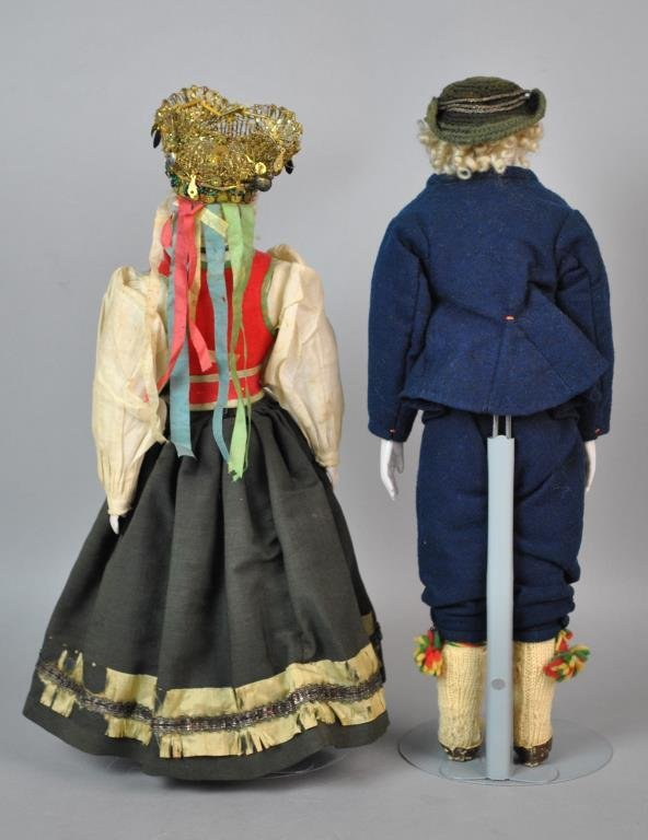 PAIR OF AUSTRIAN BISQUE HEAD DOLLS - 4