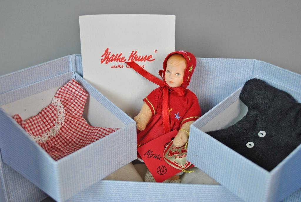 KATHE KRUSE SUSI DOLL IN ORIGINAL BOX - 2