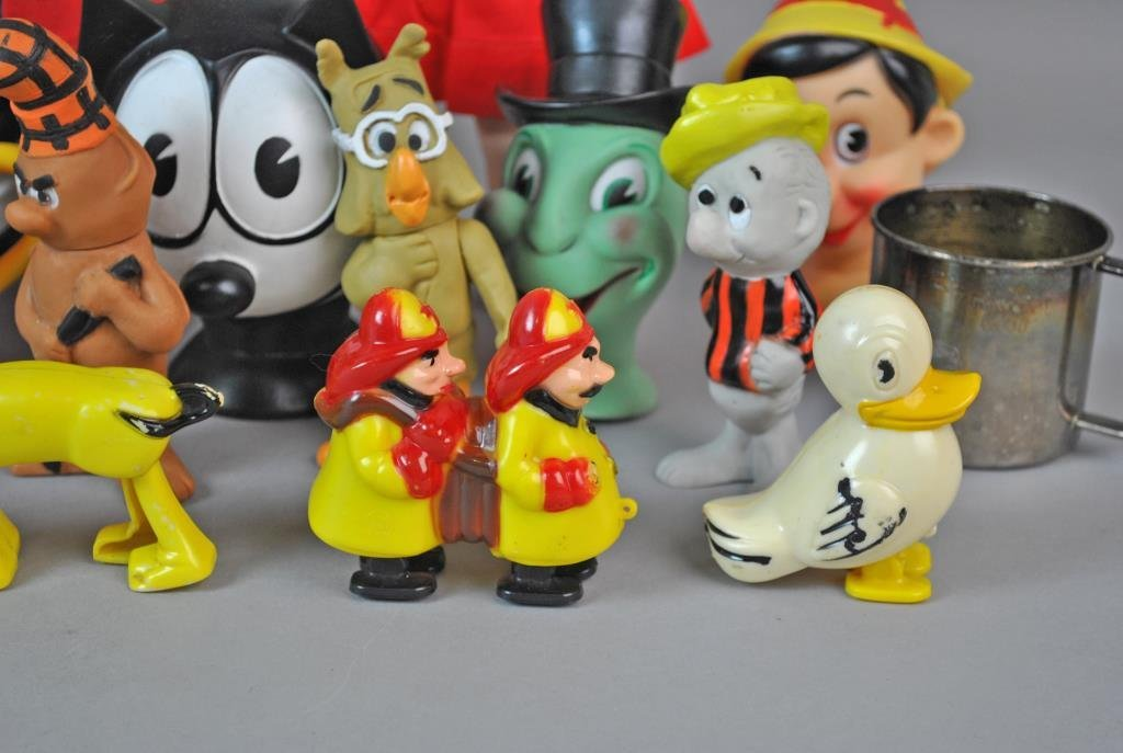 (21) ASSORTED COLLECTIBLE TOYS - 5