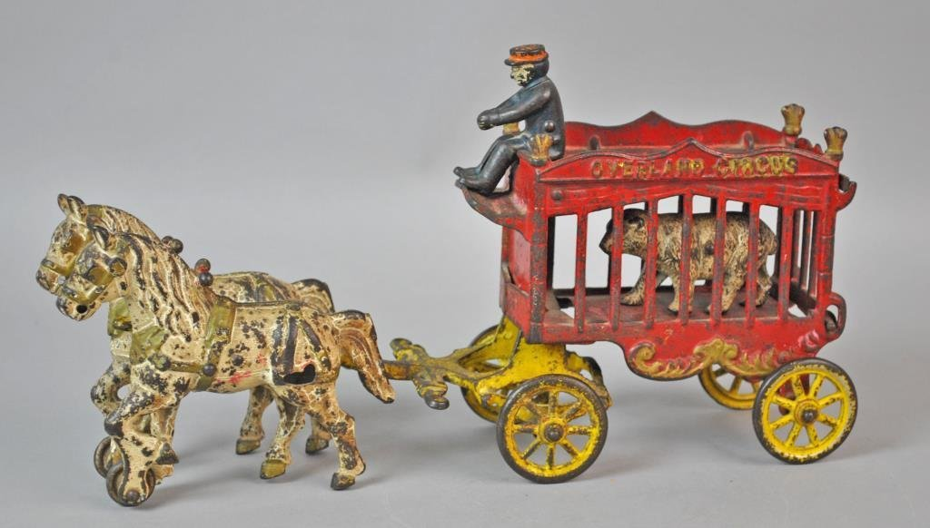 KENTON CAST IRON OVERLAND CIRCUS CAGED BEAR WAGON
