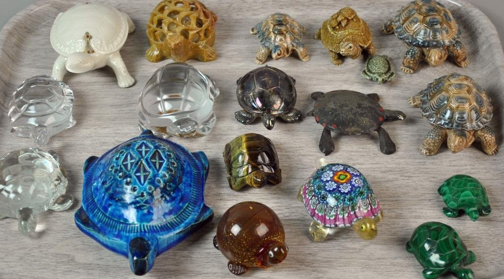 (27) PIECE COLLECTIBLE TURTLE GROUP - 8
