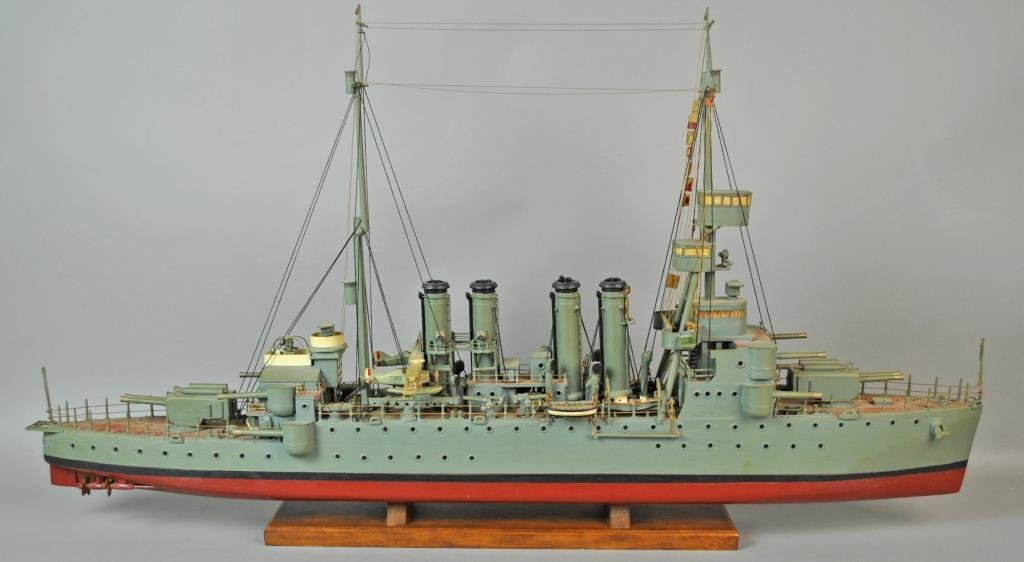 PAINTED WOOD SCALE MODEL USS CINCINNATI