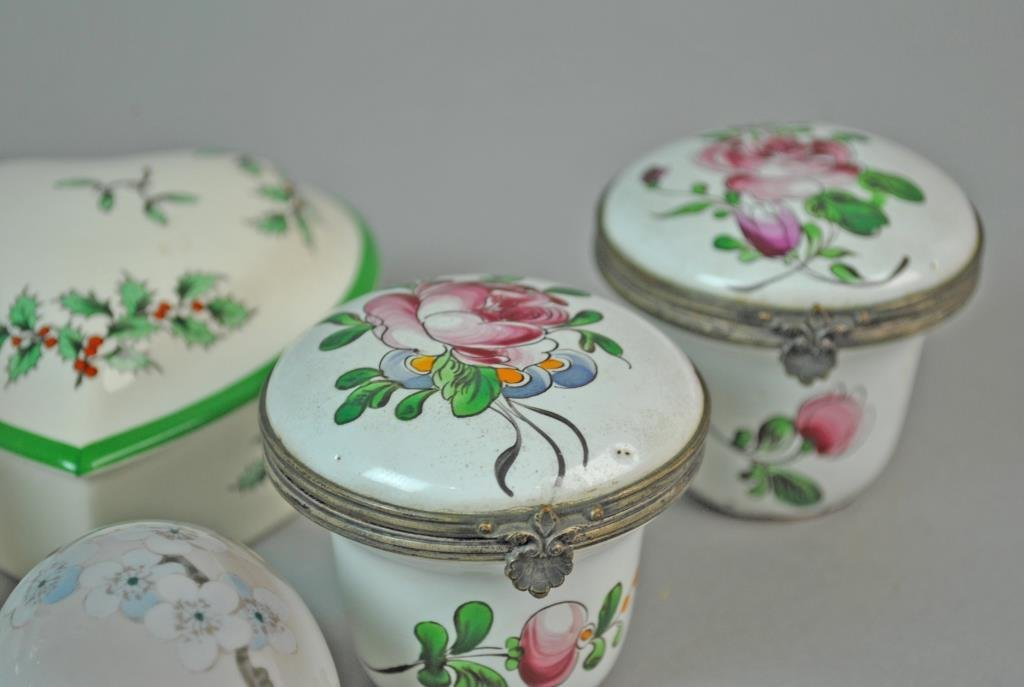 (15) ASSORTED COLLECTIBLE BOXES - 4