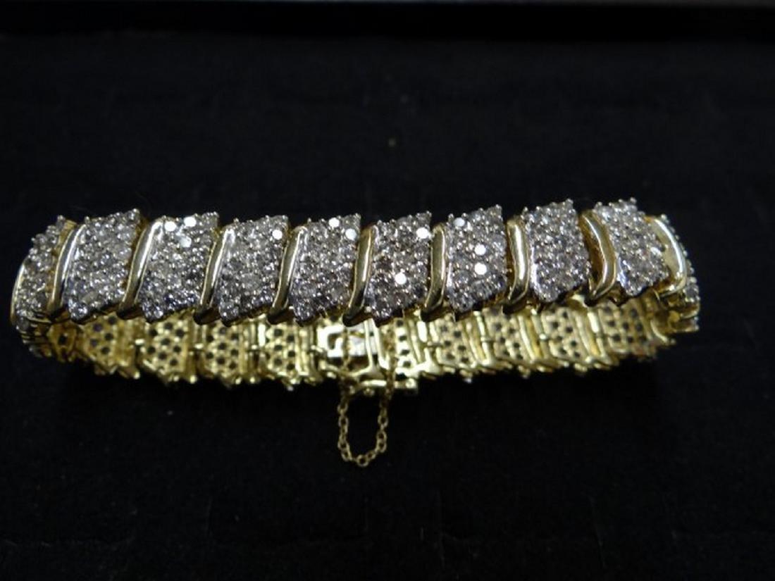 14 K Yellow Gold Diamond Bracelet. 6.5 cts Diamond