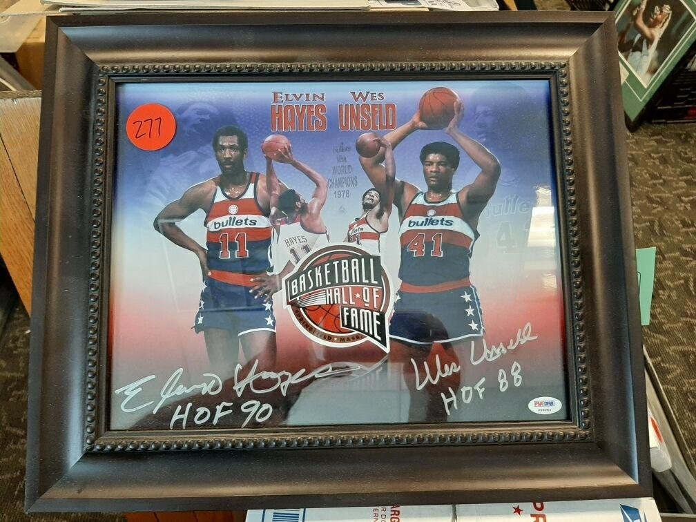 """Elvin Hayes /Wes Unseld Autographed Print. 11"""" x 14"""""""