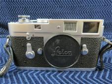 Vintage Leica M2 Camera Body