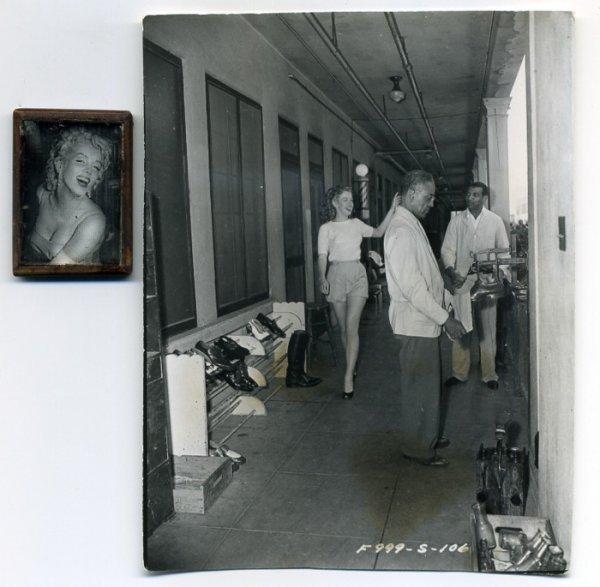 2: Marilyn Monroe Lock of Hair and Photo - 3