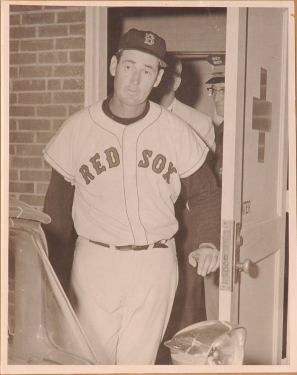 """21: 1950's Ted Williams 11 x 14"""" Oversized Photo"""