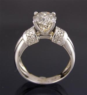 1001: Diamond ring 14kt whit brilliant cut