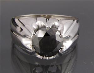 1002: Men´s ring, brilliant-cut,2.41ctFancyDarkGray