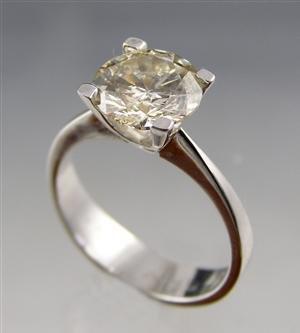 1010: Diamond Ring3.99ct, SI2,white gold 14kt.
