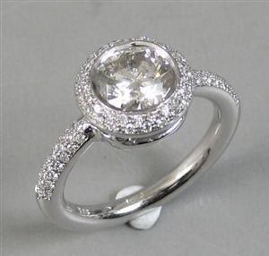 1013: White gold diamond  ring , P1, H-I color