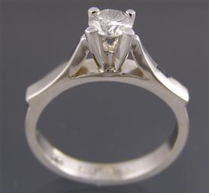 1024: White gold ring, 0.50ct