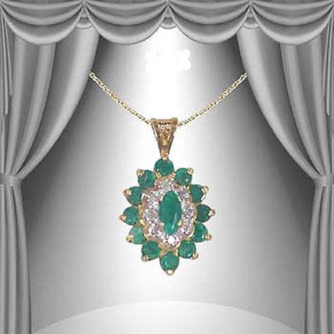 3.92 CT Green Agate & Diamond Fine Necklace $1170