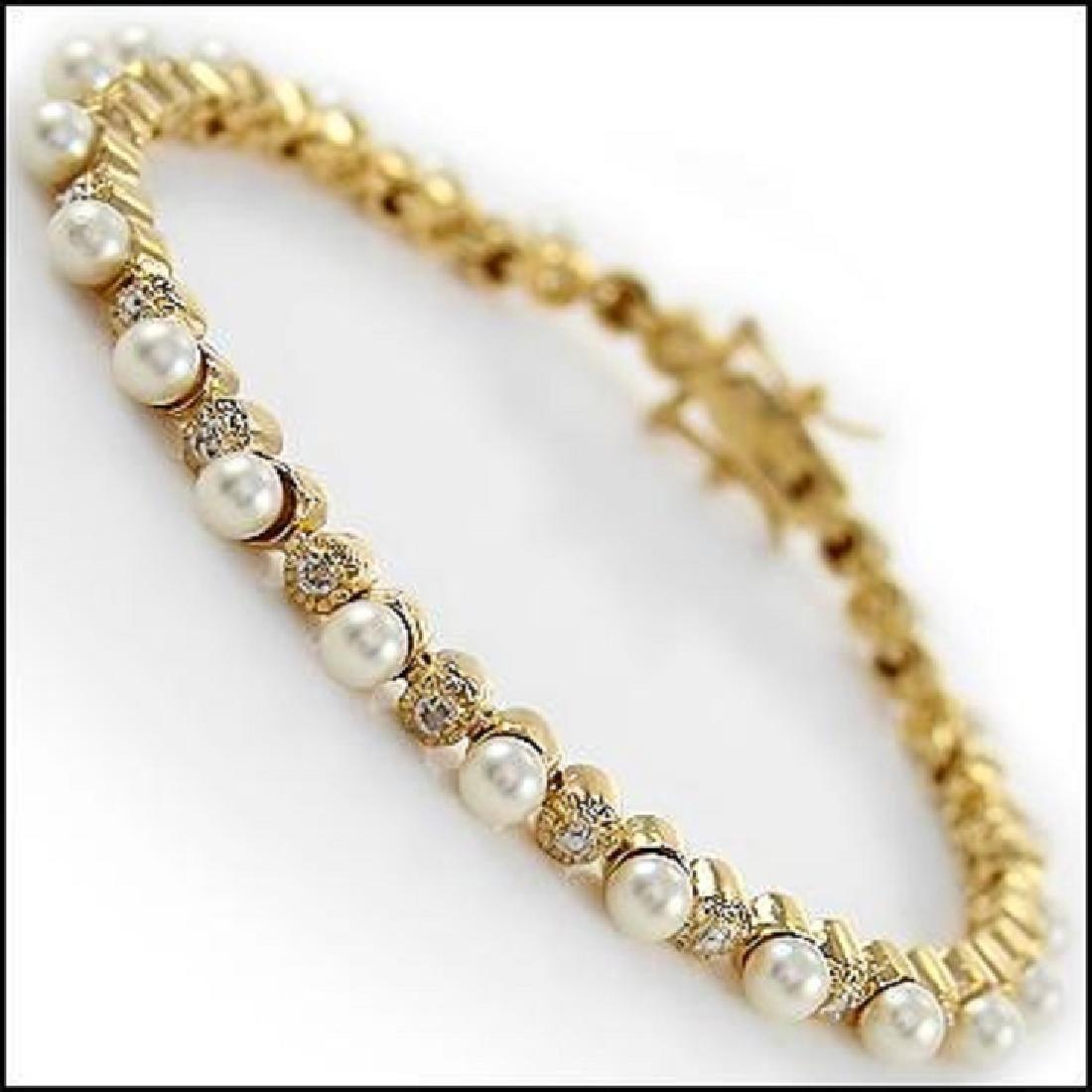 9.84 CT Freshwater Pearl & Diamond Bracelet $1455