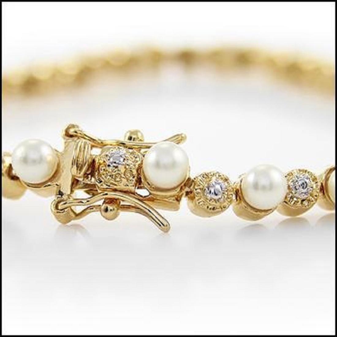 9.84 CT Freshwater Pearl & Diamond Bracelet $1455 - 2