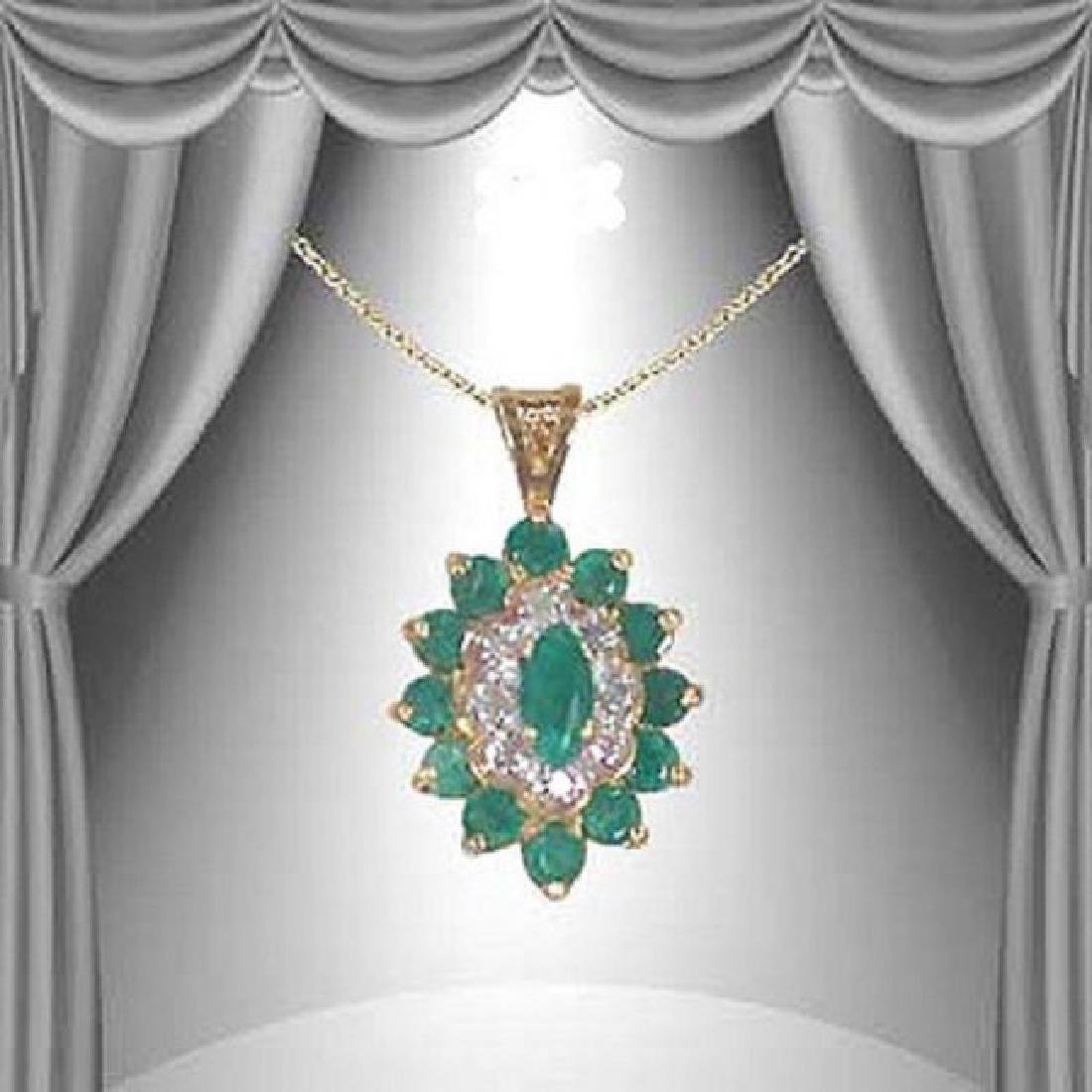 3.92 CT Green Agate & Diamond Fine Necklace $1170