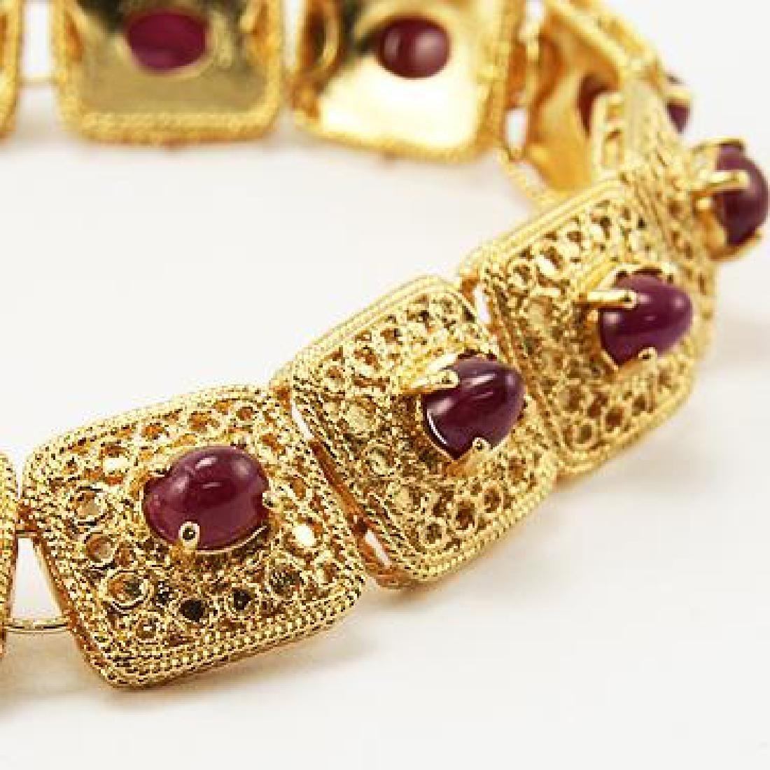 7 CT Cabochon Ruby Gold Bracelet
