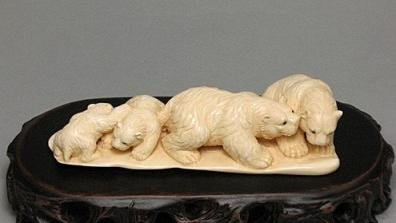 2: Handcrafted Mammoth Ivory Figurine Cute Polar Bears