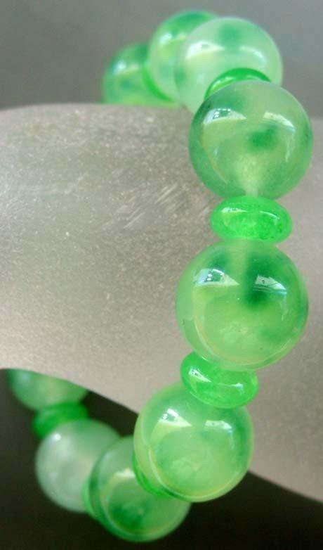 20: Green Jade Beads Elastic Bracelet