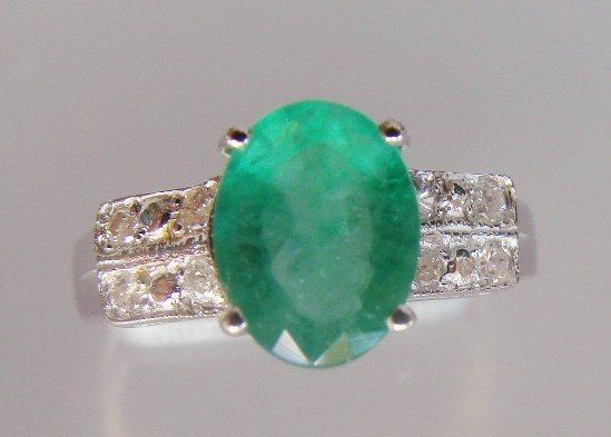 9: Emerald and Diamond Ring - Appraised at $11,725