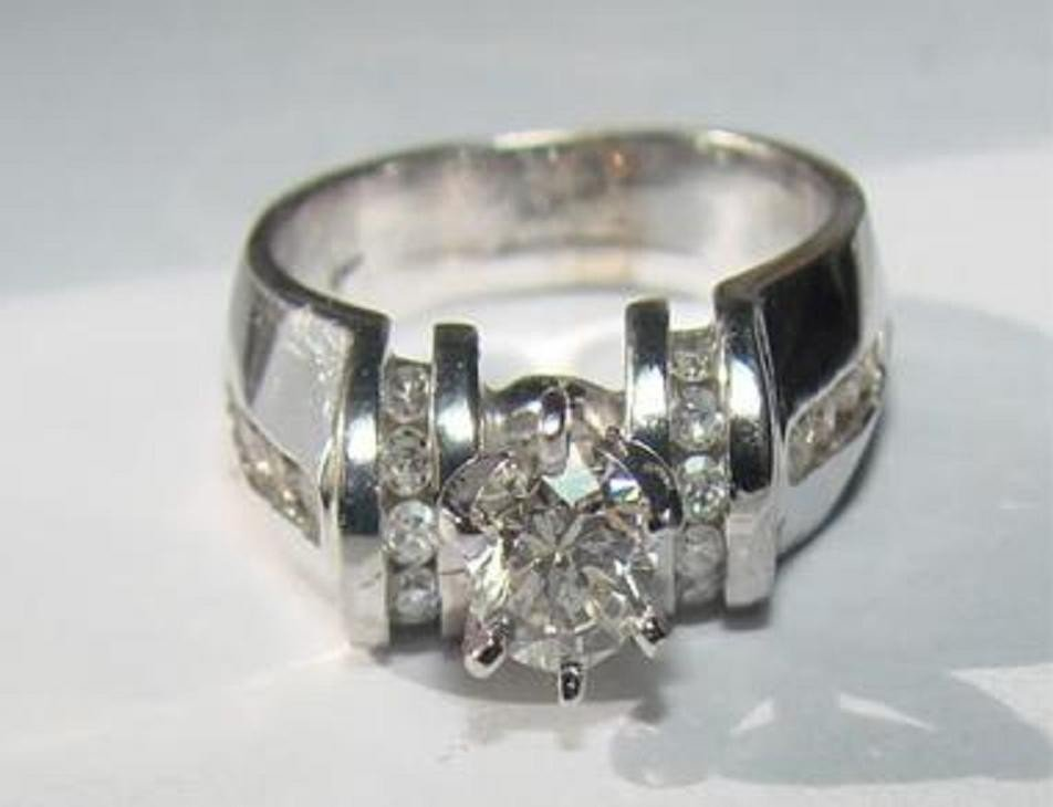 19: 1.02 CTW Diamond Ring Appraised at $11,280