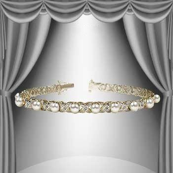 84: 6mm Freshwater Pearl and Diamond Gold Bracelet