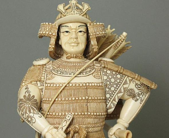 44: Mammoth Ivory Samuria Holding Sword Carving - 3