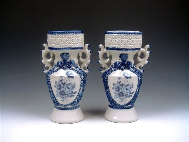 10: Antique Chinese Flowers Painted Porcelain Vases