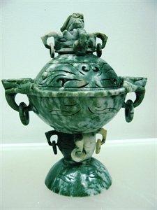 Exquisite Jade Dragon Head Urn / Incense Burner
