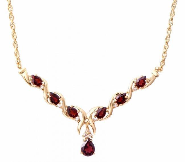 7.69 CT Garnet & Diamond Fine Necklace $1445