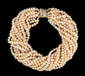18 Kt. Gold and Freshwater Pearl Necklace