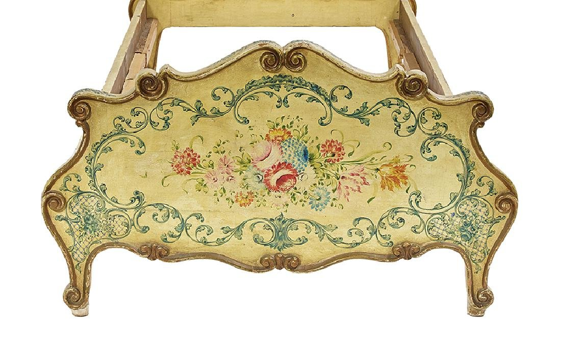 Pair of Italian Rococo Polychrome Twin Beds - 3