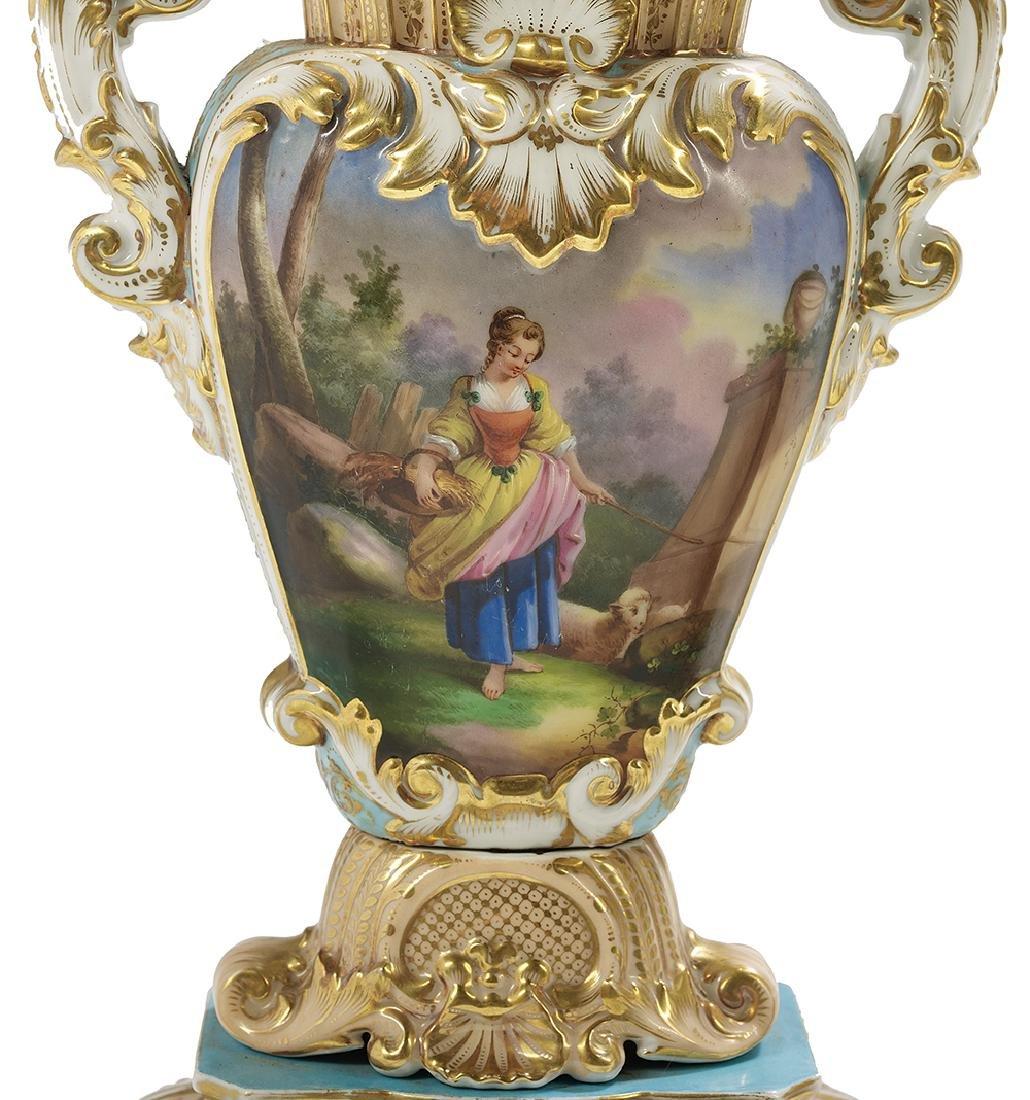 Pair of Paris Porcelain Vases - 3