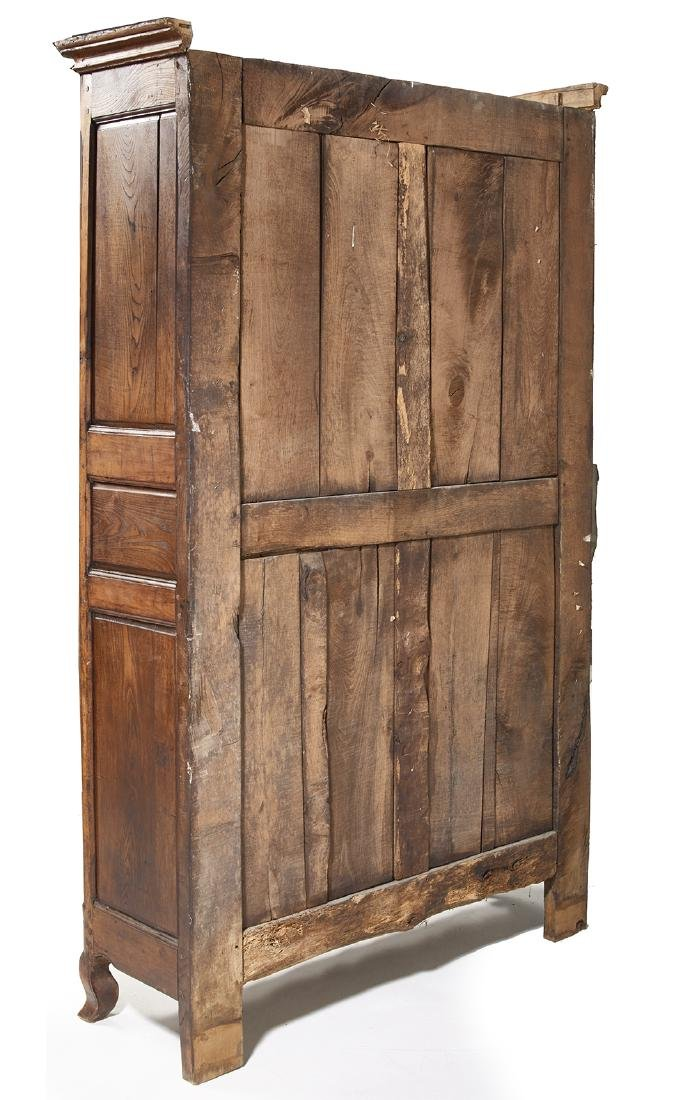 French Provincial Fruitwood Vitrine - 3