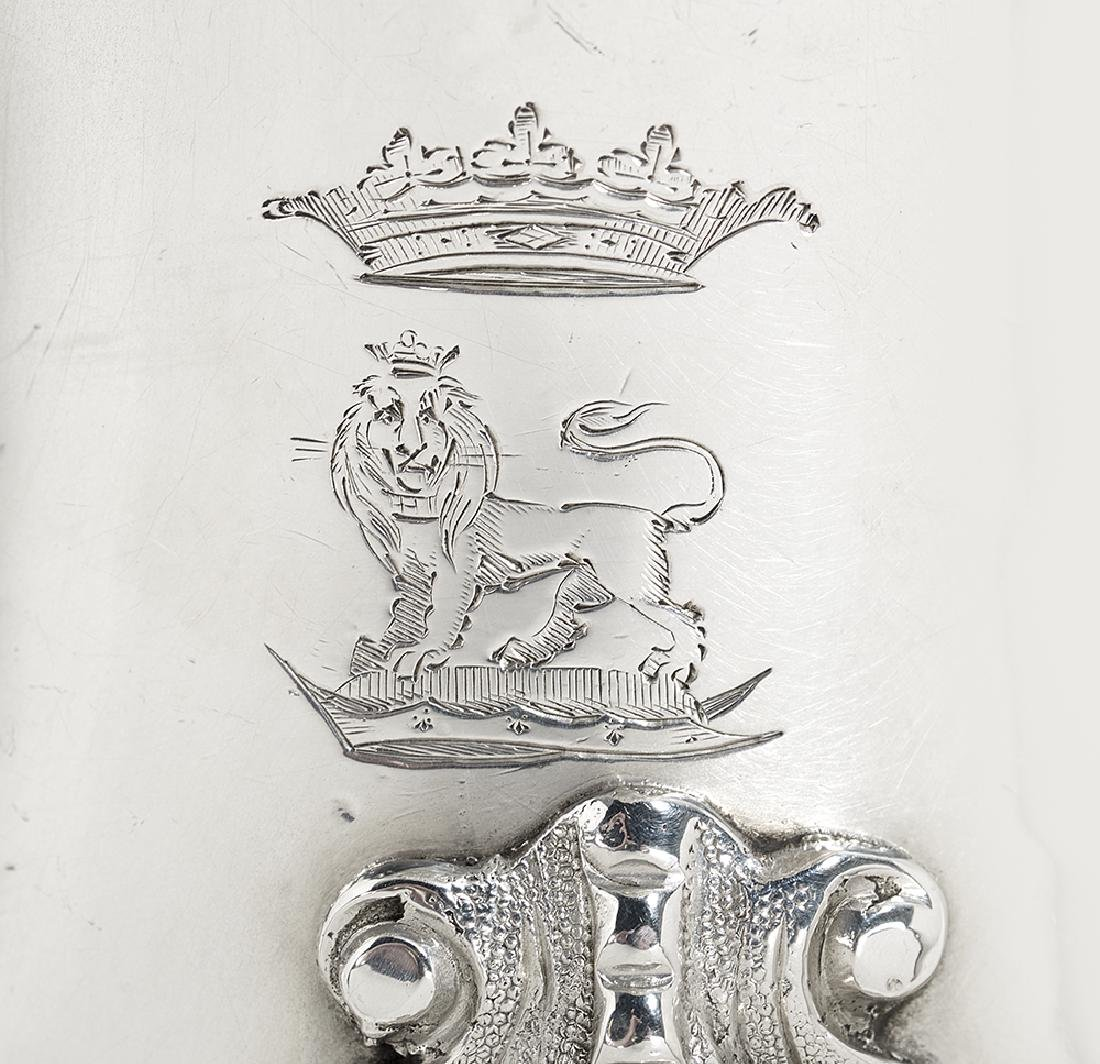 Good Pair of Victorian Ducal Sterling Silver Sauceboats - 2