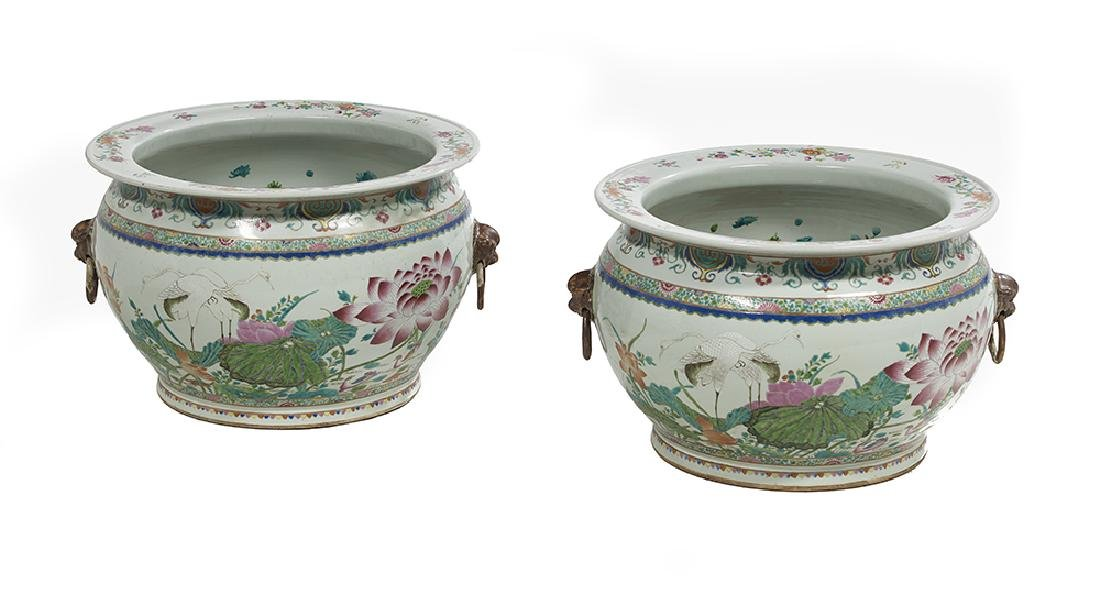 Pair of Chinese Export Porcelain Famille Rose Fish Bowl - 2