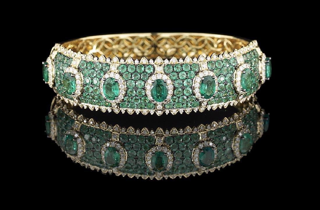 Stunning Emerald and Diamond Bracelet