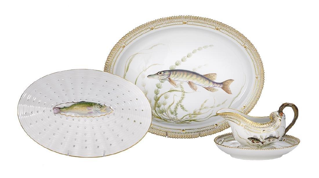 """Rare """"Flora Danica"""" Fish Service"""