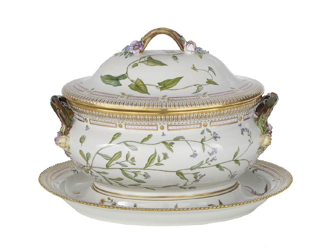 Flora Danica Oval Covered Tureen and Stand - 2