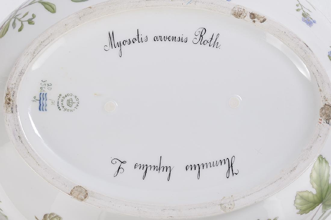 Flora Danica Oval Covered Tureen and Stand - 3